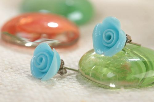 Handmade small designer stud earrings with polymer clay blue flowers - MADEheart.com