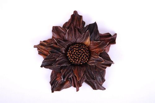 Leather flower brooch - MADEheart.com