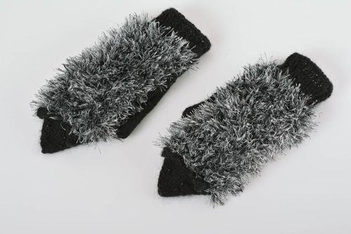 Handmade knitted mittens Hedgehogs made of acrylic yarns handmade accessory - MADEheart.com