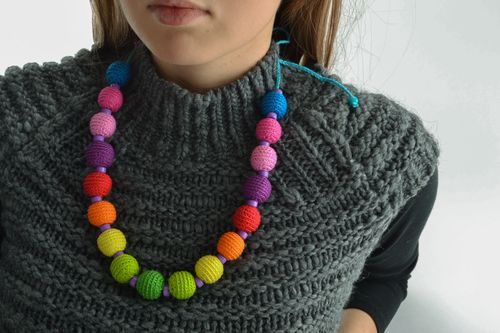 Multi-colored homemade bead necklace - MADEheart.com