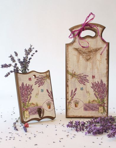 Board and hanger with floral motifs - MADEheart.com