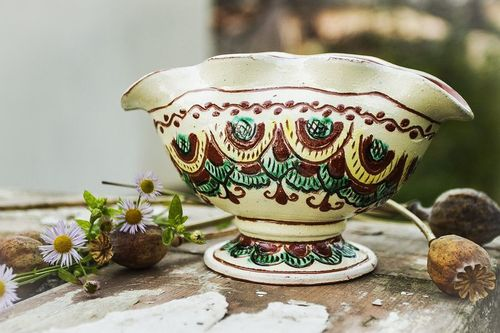 Ceramic glazed gravy boat for salad dressings, cream, and mill in ethnic style 3,5 , 0,63 lb - MADEheart.com