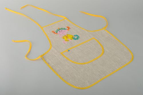 Womens embroidered fabric apron - MADEheart.com