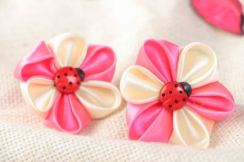 Handmade decorative hair ties with pink kanzashi flowers for kids set of 2 items - MADEheart.com