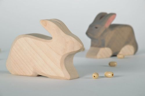 Maple Figurine Rabbit - MADEheart.com