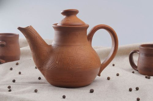 Ceramic teapot with a lid - MADEheart.com