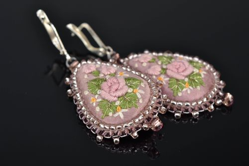 Satin stitch embroidered earrings with beads Pink Drop - MADEheart.com