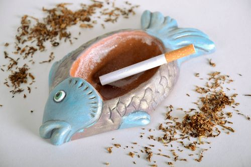 Ashtray in the shape of a fish - MADEheart.com