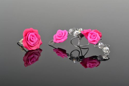 Stud earring and cuff Pink roses - MADEheart.com