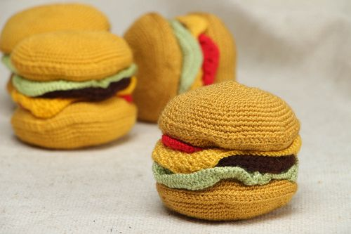 Crochet soft toy Hamburger - MADEheart.com