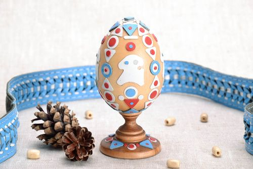 Wooden Easter egg with holder - MADEheart.com