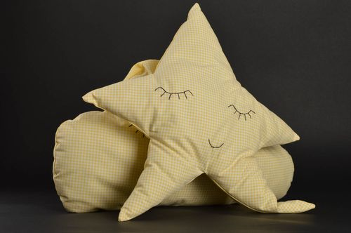 Decorative pillows unusual pillow designer pillow handmade cushion decor ideas - MADEheart.com