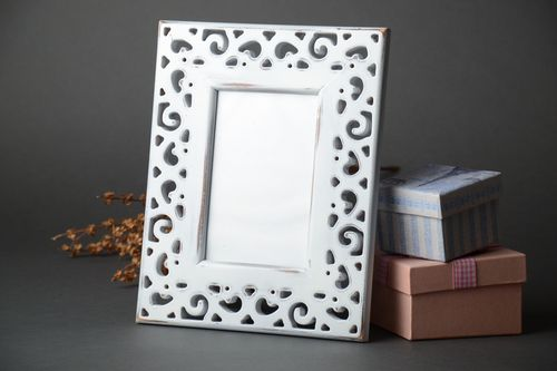 Light wooden photo frame with carving 10x15 - MADEheart.com
