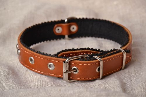 Leather dog collar - MADEheart.com