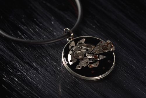 Unusual handmade metal pendant stylish neck accessories for girls gift ideas - MADEheart.com