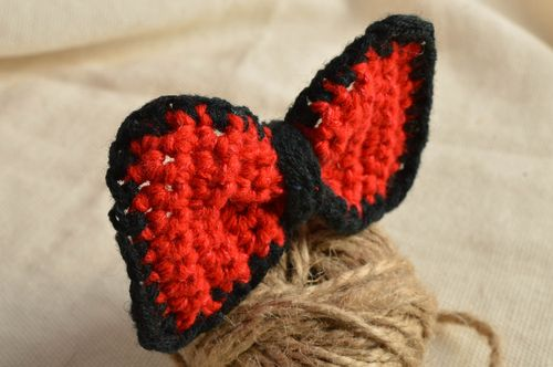 Beautiful childrens handmade designer crochet bow hair tie black and red - MADEheart.com