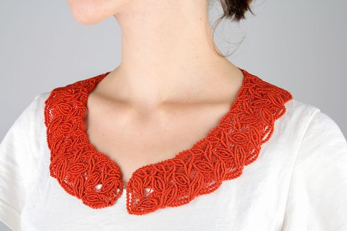 Removable red collar - MADEheart.com