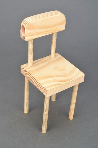 Decorative doll chair made of wood - MADEheart.com