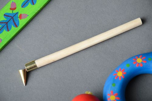Handmade hot wax painting tool with wooden handle for decoration of Easter eggs - MADEheart.com