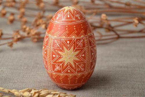 Painted Easter goose egg - MADEheart.com