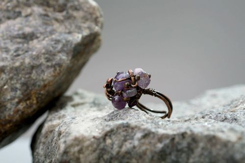 Copper ring with amethyst - MADEheart.com