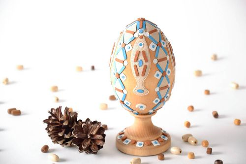 Decorative wooden Easter egg - MADEheart.com