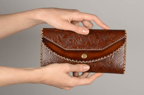 Elegant handmade leather wallet designer purse fashion accessories gifts for her - MADEheart.com