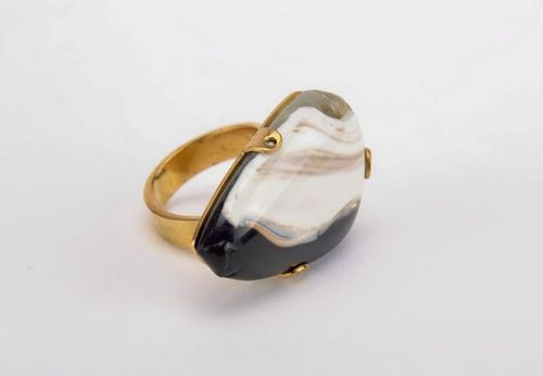Seal ring with free-blown glass - MADEheart.com