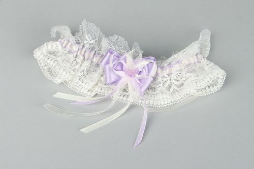 Lace garter for bride Lavender - MADEheart.com