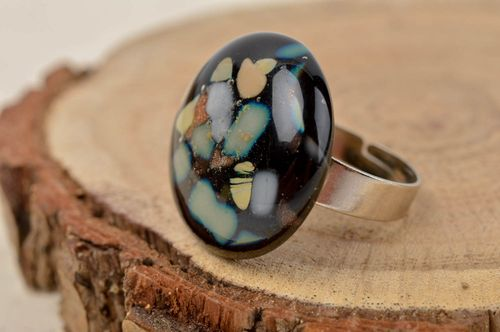 Stylish handmade glass ring fashion accessories glass art jewelry designs - MADEheart.com