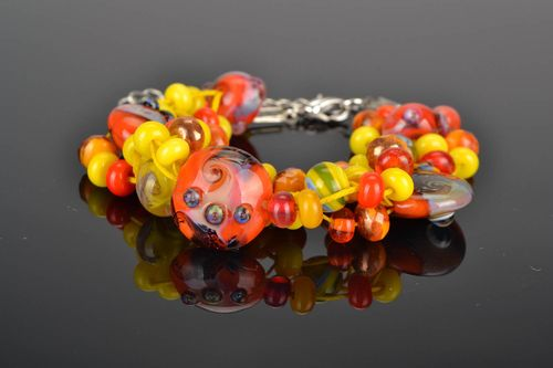Bracelet of yellow and orange colors  - MADEheart.com