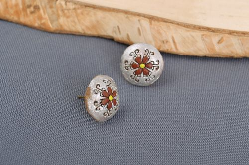 Designer round-shaped small ceramic stud earrings painted with acrylics handmade - MADEheart.com
