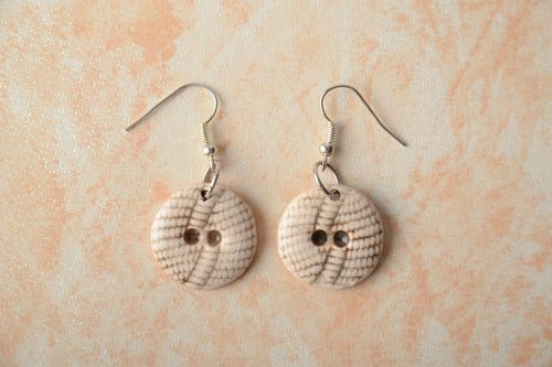 Ceramic earrings in the shape of buttons - MADEheart.com