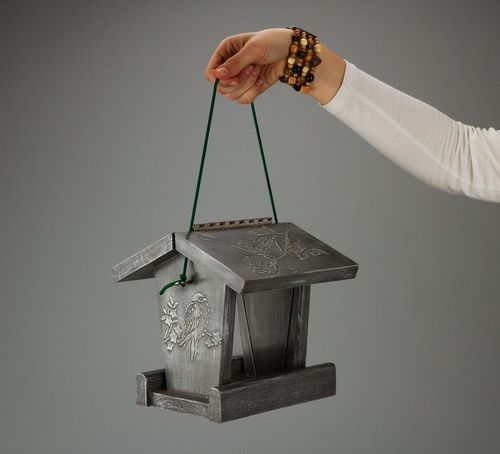 Decorative bird feeder - MADEheart.com