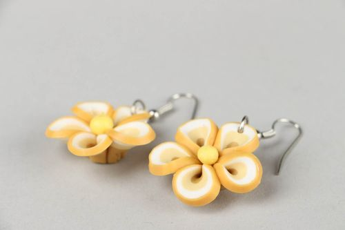 Earrings made ​​of polymer clay Flowers - MADEheart.com