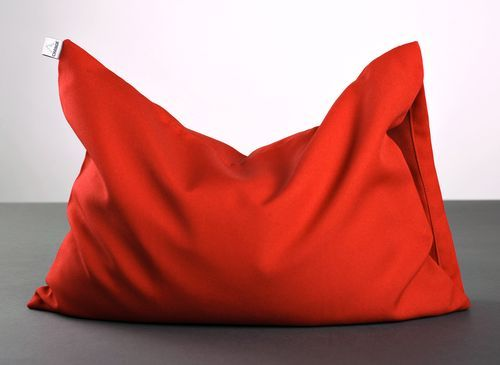 Red pillow for yoga - MADEheart.com