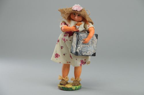 Hand molded ceramic statuette with holder Girl with Hat - MADEheart.com