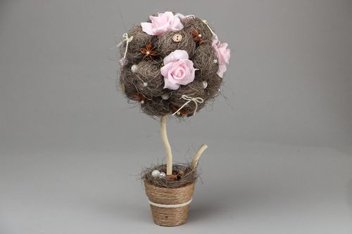 Homemade topiary Rose and Anise - MADEheart.com