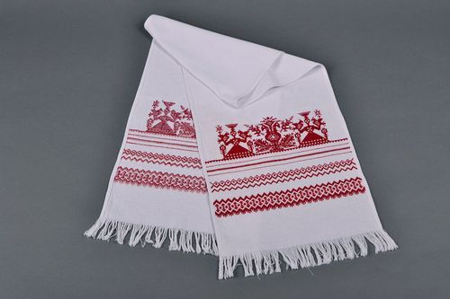 Ethnic embroidered towel Berehynia - MADEheart.com