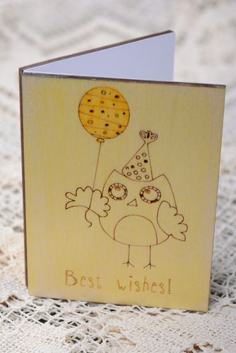 Wooden greeting card with owl Best Wishes - MADEheart.com