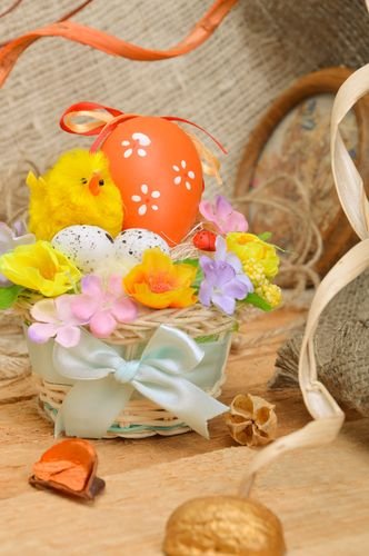 Small decorative woven Easter basket with flowers handmade - MADEheart.com