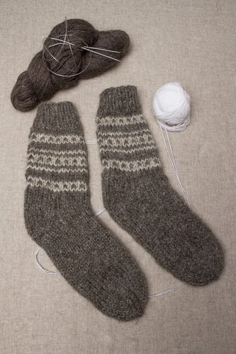 Mens wool socks - MADEheart.com