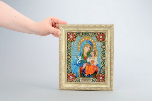 Icon of beads Virgin with Child - MADEheart.com