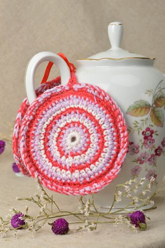 Stylish handmade crochet pot holder home textiles kitchen supplies gift ideas - MADEheart.com