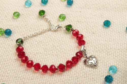 Bright handmade wrist bracelet with glass beads crystal bracelet gifts for her - MADEheart.com