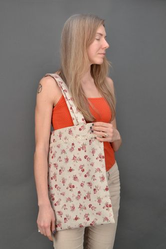 Large bag made of polyamide and cotton with floral print and lace - MADEheart.com