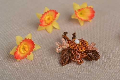 Stylish handmade woven flower brooch beaded brooch jewelry textile jewelry - MADEheart.com